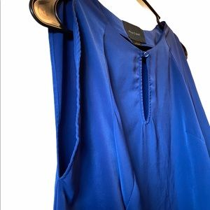August 1 Eight Blue great condition Blouse